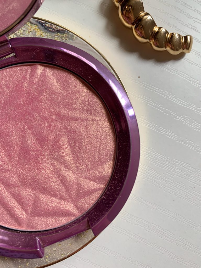 Becca shimmering skin perfector Lilac Geode