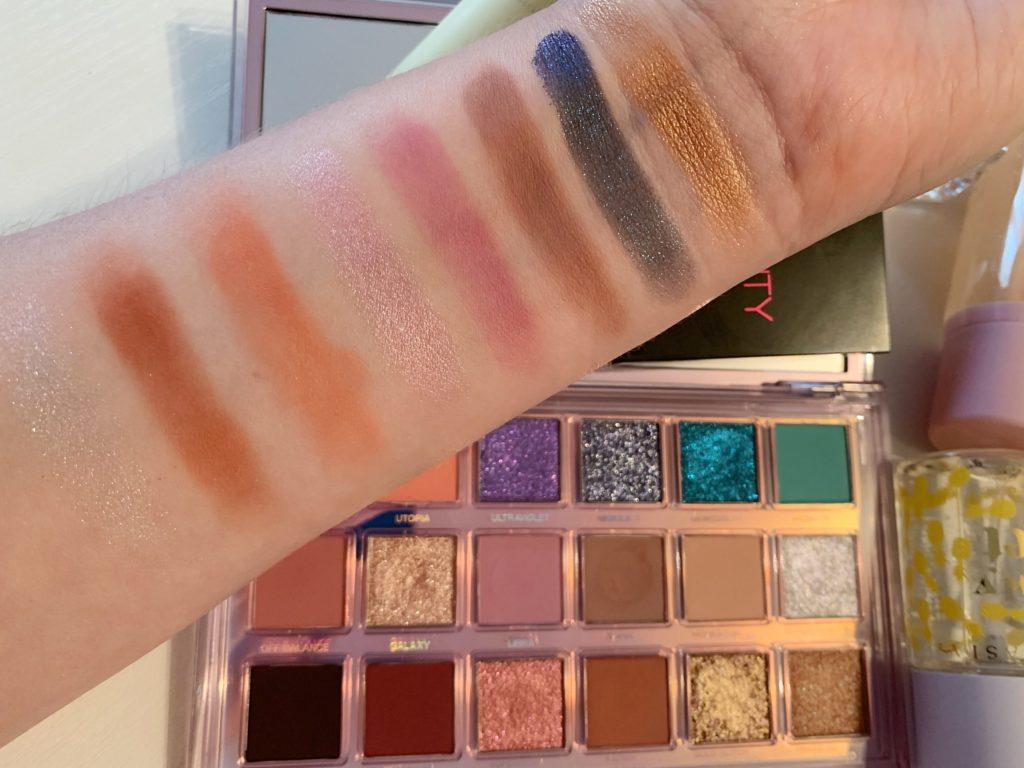 Huda Beauty Mercury Retrograde paleta